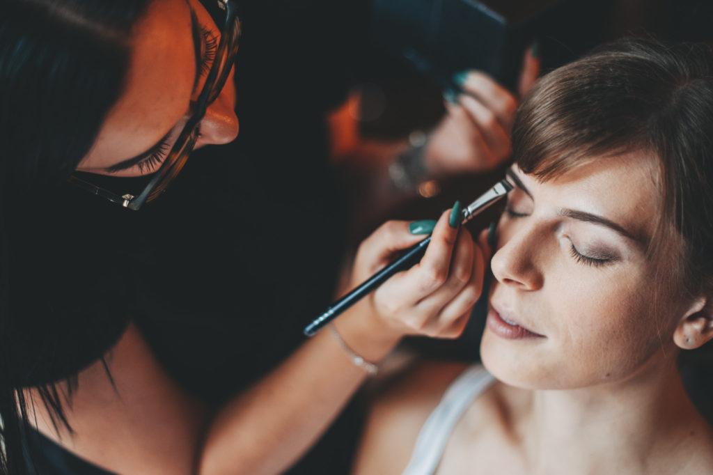 svatebni-make-up-svatební-uces-lasky-cas 26